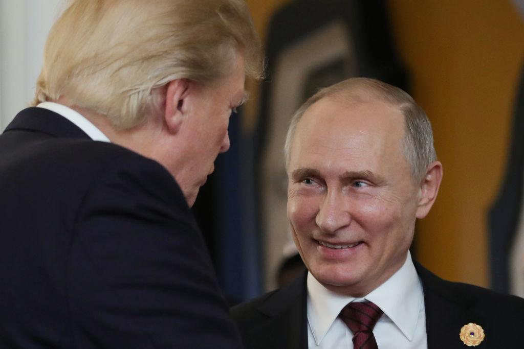 Αποφασίστηκε μίνι Σύνοδος Κορυφής Τραμπ-Πούτιν. Την Πέμπτη θα ξέρουμε το χρόνο και τον τόπο της