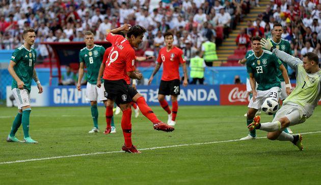 김영권-손흥민 골' 한국, 세계 1위 독일 2-0 제압...1승 2패로