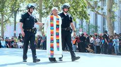 Συνελήφθησαν ραβίνοι, πάστορες και άλλοι ενώ διαμαρτύρονταν για την πολιτική μηδενικής ανοχής του