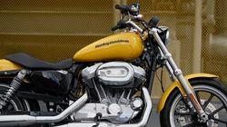 Ο Τραμπ τα έβαλε με την Harley-Davidson και την απειλεί. «Δεν θα το ξεχάσουμε, ούτε οι πελάτες