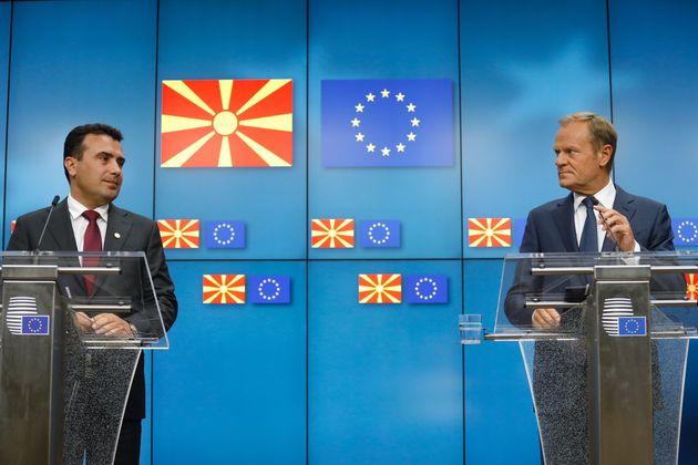 Ο Τουσκ ζητά την επικύρωση της απόφασης για έναρξη των ενταξιακών διαπραγματεύσεων με πΓΔΜ - Αλβανίας...