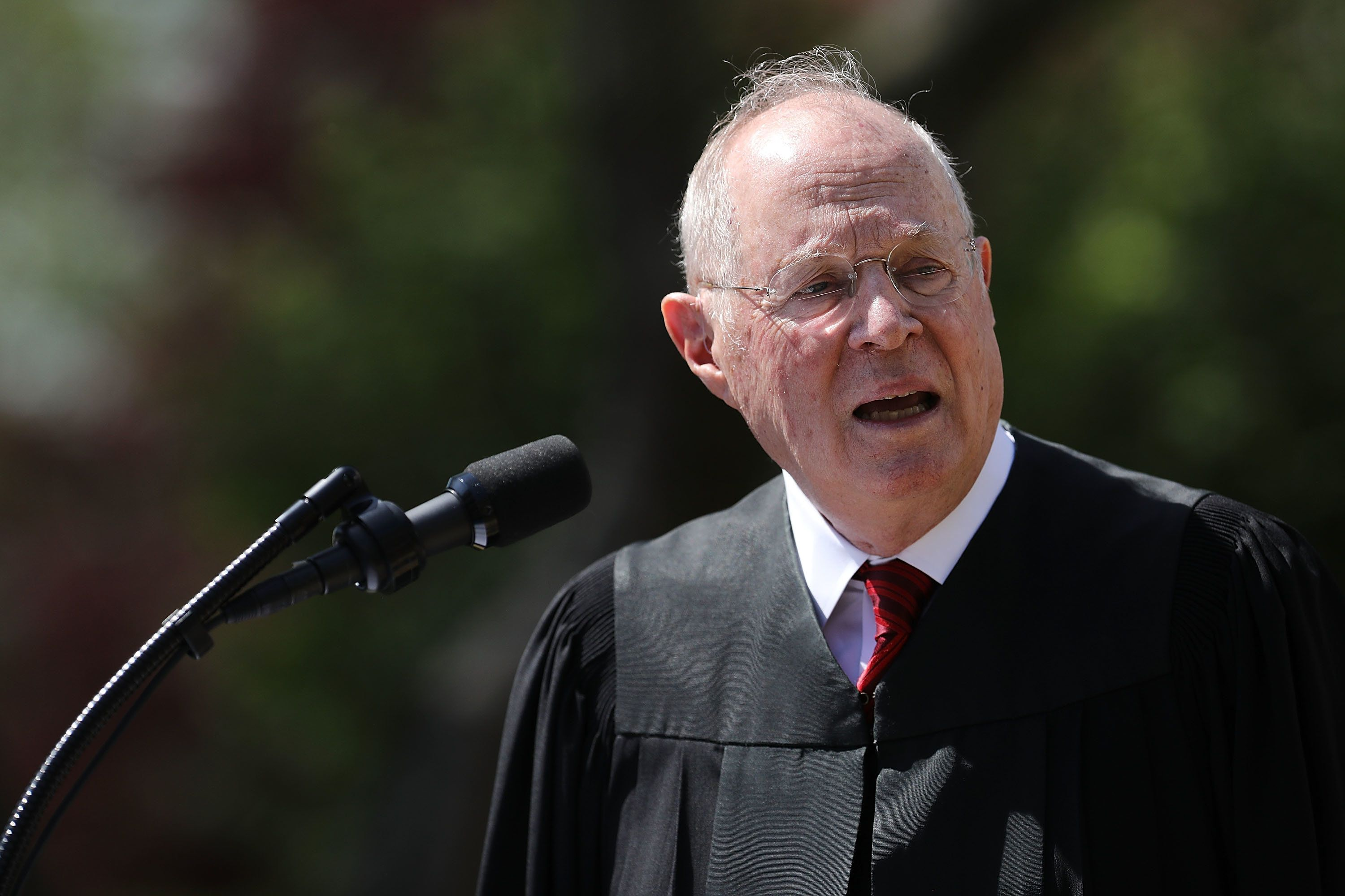 WASHINGTON, DC - APRIL 10:  U.S. Supreme Court Associate Justice Anthony Kennedy delivers remarks before administering the judicial oath to Judge Neil Gorsuch during a ceremony in the Rose Garden at the White House April 10, 2017 in Washington, DC. Earlier in the day Gorsuch, 49, was sworn in as the 113th Associate Justice in a private ceremony at the Supreme Court.  (Photo by Chip Somodevilla/Getty Images)