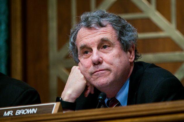 Progressive Democrat Bails Out Trump On
