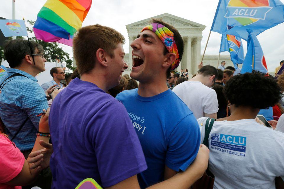 미국에서 동성결혼이 법제화되던 날의 감동적인 사진