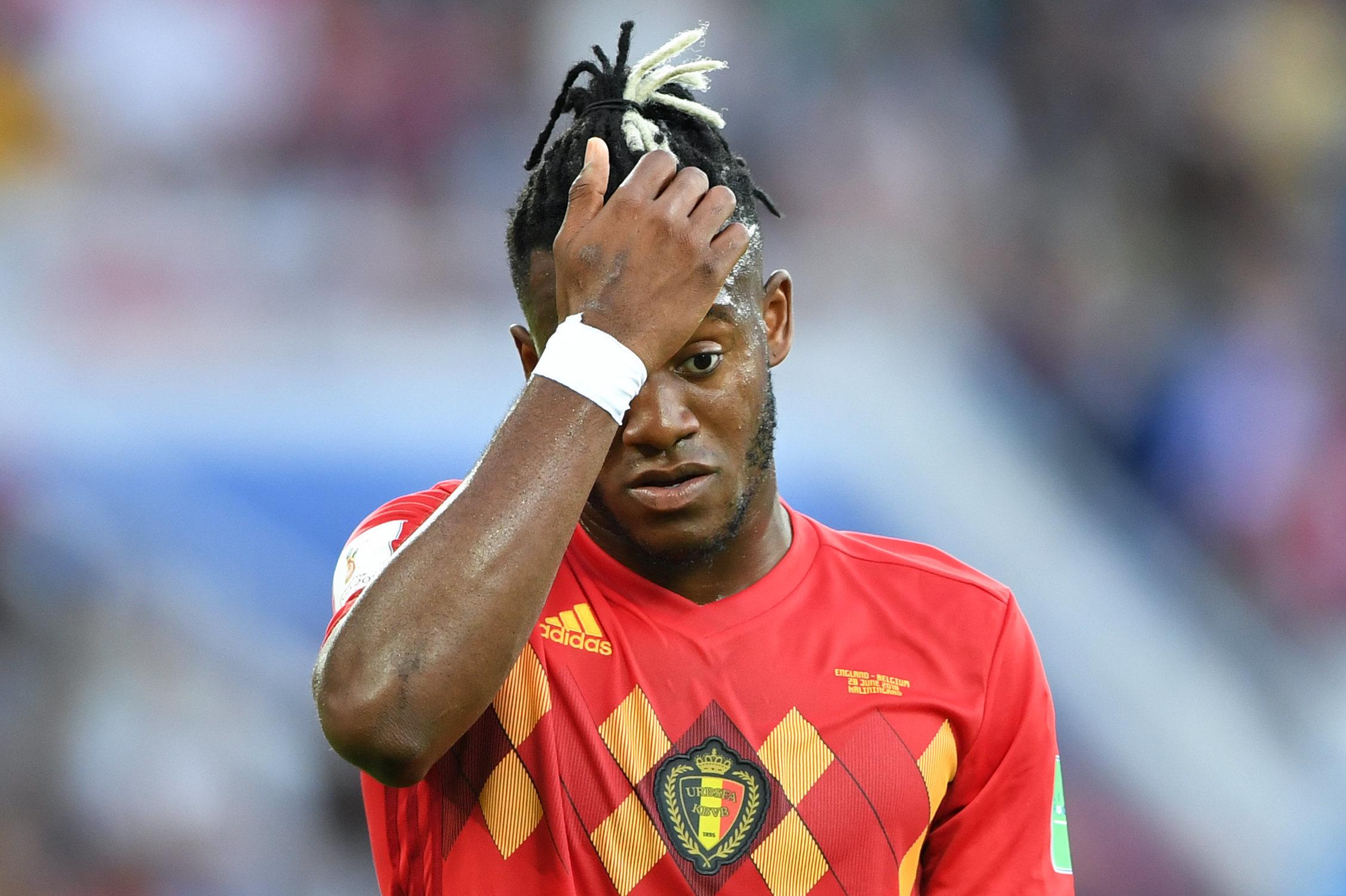벨기에-잉글랜드 경기서 역대급 '몸개그' 장면이 나왔다