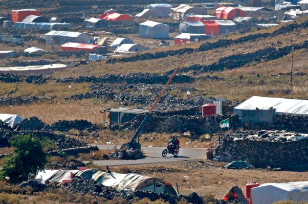 Τρομάζουν τις οργανώσεις για την προστασία των προσφύγων τα «ελεγχόμενα κέντρα» και οι «πλατφόρμες