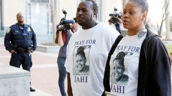 «Να μάθουν να μη βγάζουν τους ανθρώπους από την πρίζα»: Η μητέρα που μάχεται για δικαιοσύνη μετά το θάνατο της κόρης