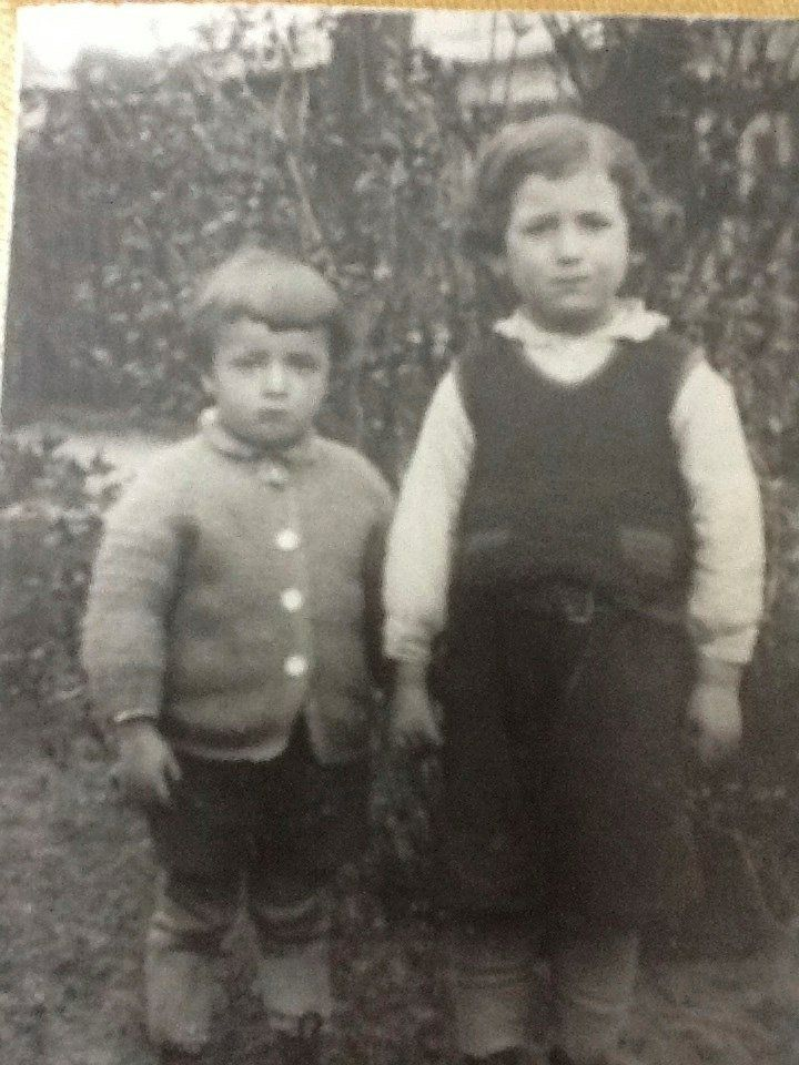 Mordechai with his younger brother.