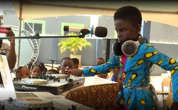 Η πιο γνωστή DJ στην Αφρική είναι μόλις 10 ετών και σαρώνει τα