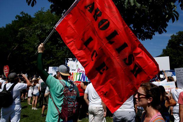 Διαδηλώσεις κατά της μεταναστευτικής πολιτικής Τραμπ στις