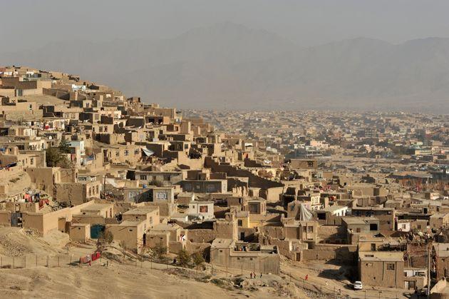 Afghanistan: Une école incendiée et trois personnes décapitées dans une attaque