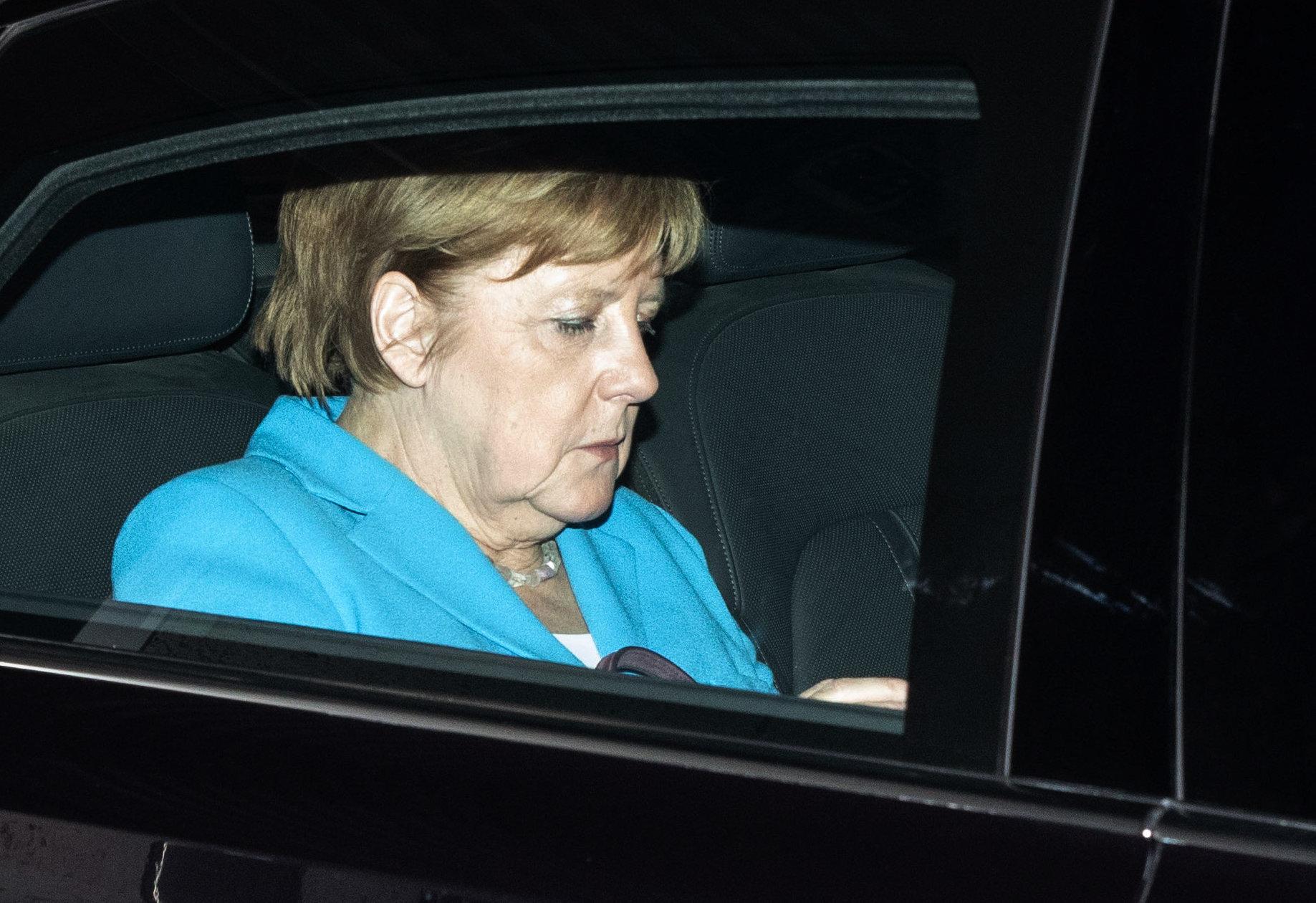 Θρίλερ στο Βερολίνο: Το τελευταίο χαρτί του Ζεεχόφερ θα κρίνει το μέλλον της