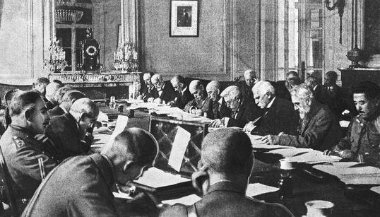 Η Συνθήκη Ειρήνη των Βερσαλλιών. Η πρώτη προσπάθεια επαναφοράς της