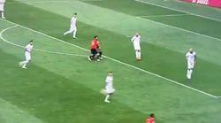 Diese peinliche Szene zeigt, wie sich Spanien bei der WM selbst zerlegt