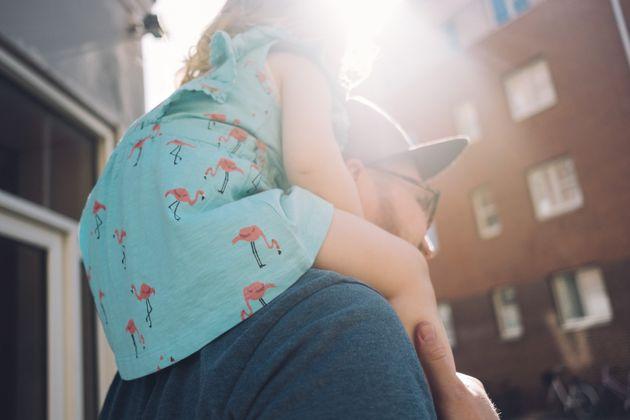 Ce papa d'une petite fille autiste a trouvé une façon géniale de