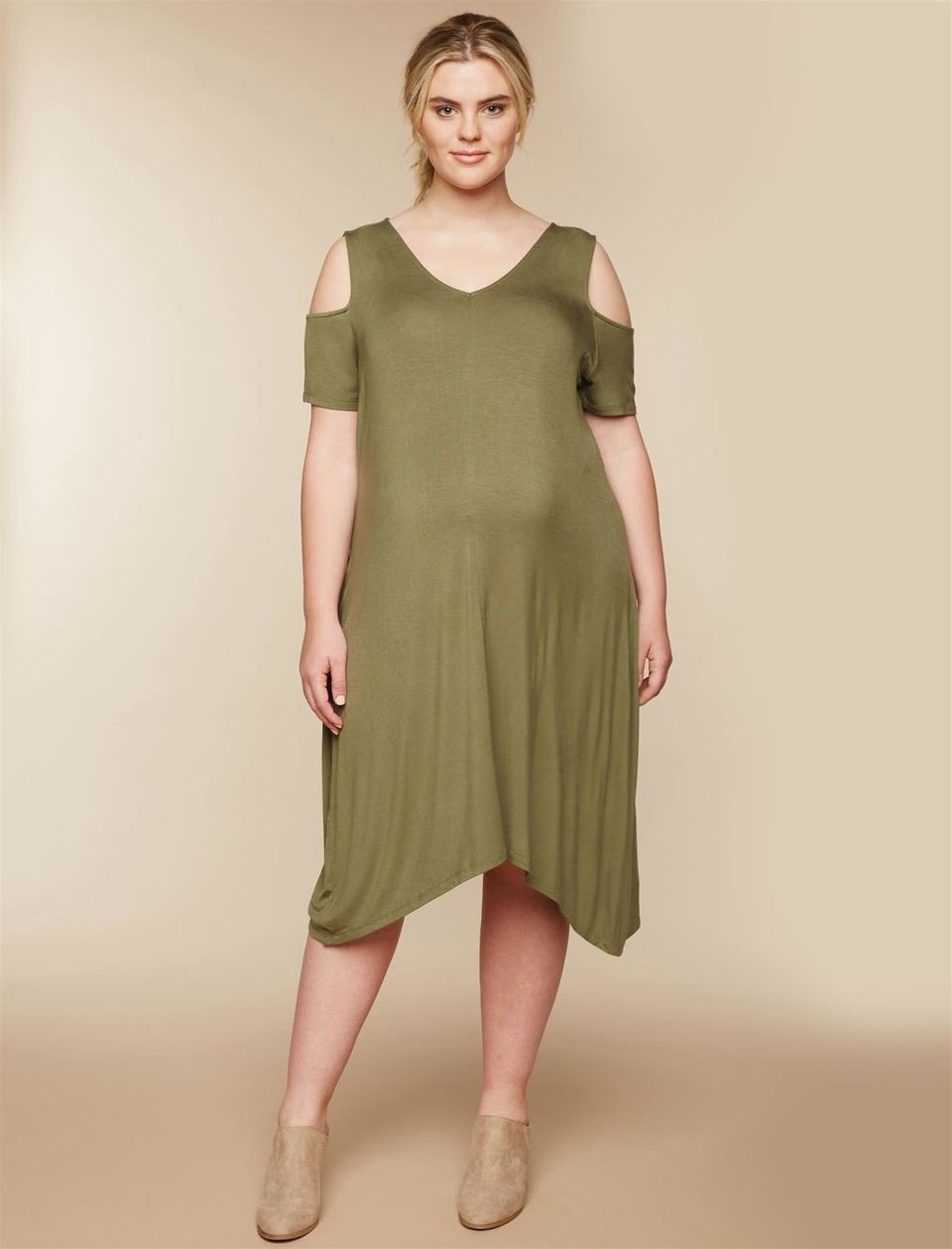 a5b1e02fbc1ca Where To Buy Plus-Size Maternity Clothing That s Actually Cute ...