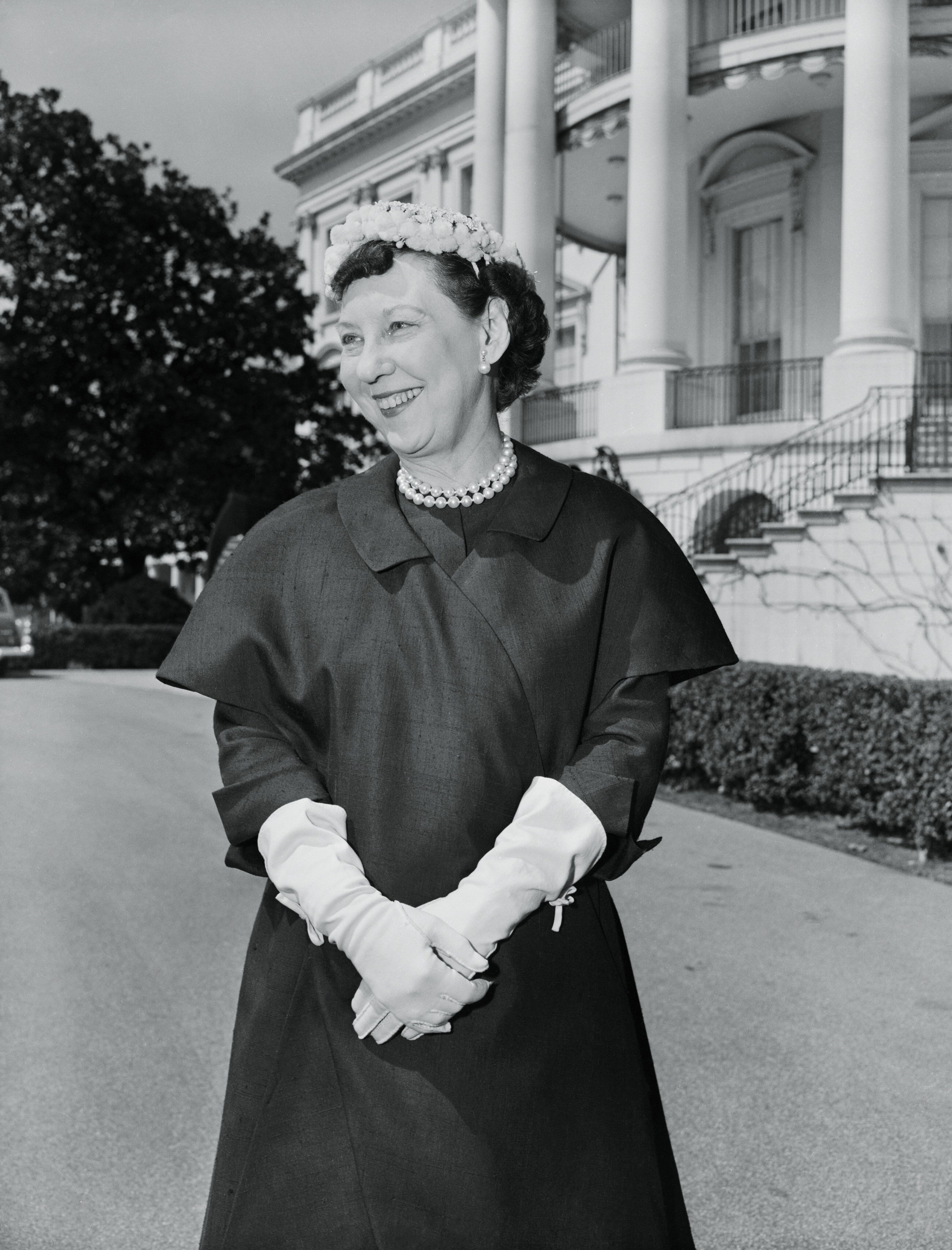"""Before there was millennial pink, there was <a href=""""http://savethepinkbathrooms.com/why-mamie-eisenhower-loved-pink-more-ins"""