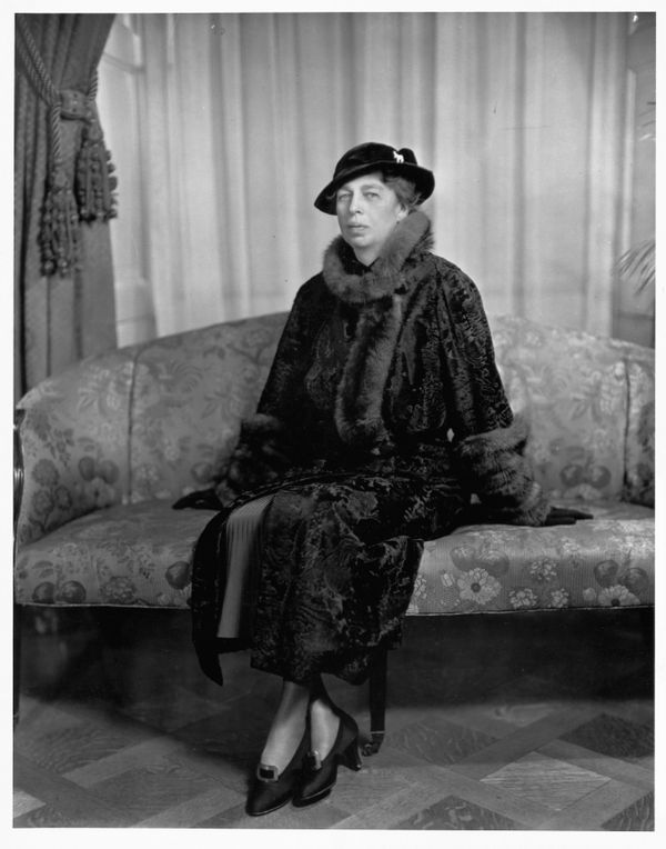 """Eleanor Roosevelt was said toprefer simple outfits that she could accessorize, according to <a href=""""http://americanhis"""