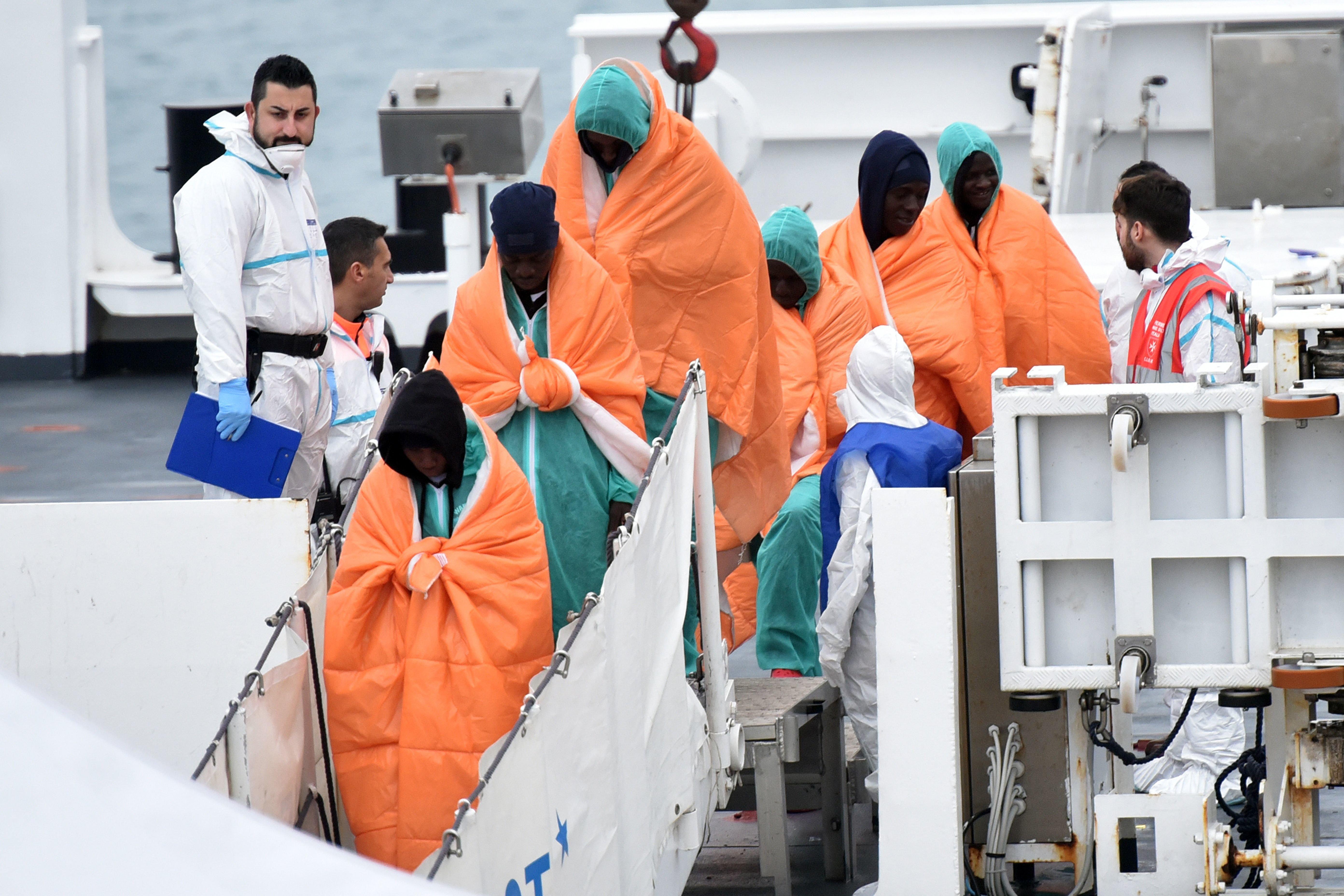 Σχεδόν 9.000 μετανάστες από χώρες της Αφρικής και της Ασίας, επαναπατρίστηκαν το πρώτο 6μηνο του 2018, σύμφωνα με τον