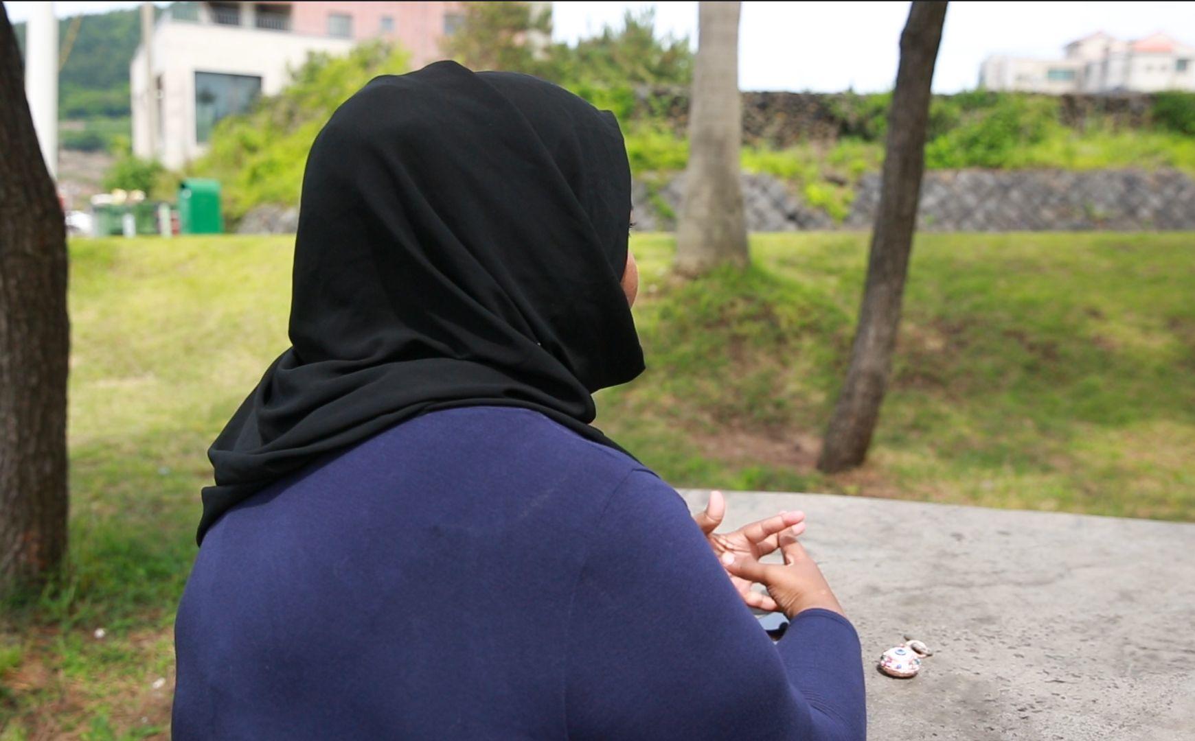 [허프포스트 인터뷰] 제주 예멘 난민들을 만나다 : 내 이름은 레질라