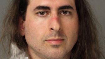 Jarrod Ramos, suspected of killing five people at the offices of the Capital Gazette newspaper office in Annapolis, Maryland, U.S., June 28, 2018 is seen in this Anne Arundel Police Department booking photo provided June 29, 2018.    Anne Arundel Police/Handout via REUTERS   ATTENTION EDITORS - THIS IMAGE HAS BEEN SUPPLIED BY A THIRD PARTY.     THIS PICTURE WAS PROCESSED BY REUTERS TO ENHANCE QUALITY.  AN UNPROCESSED VERSION HAS BEEN PROVIDED SEPARATELY