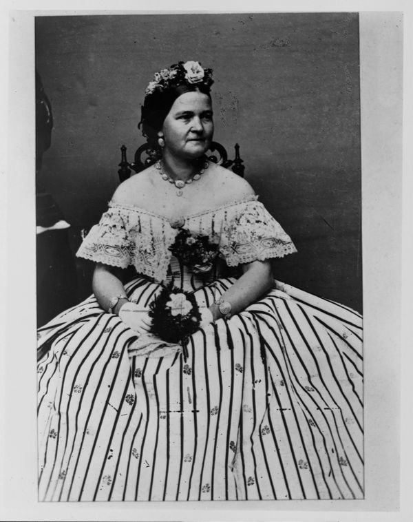 """Lincoln often wore opulent gowns that <a href=""""http://style.time.com/2013/02/18/our-fair-ladies-the-14-most-fashionable-first"""
