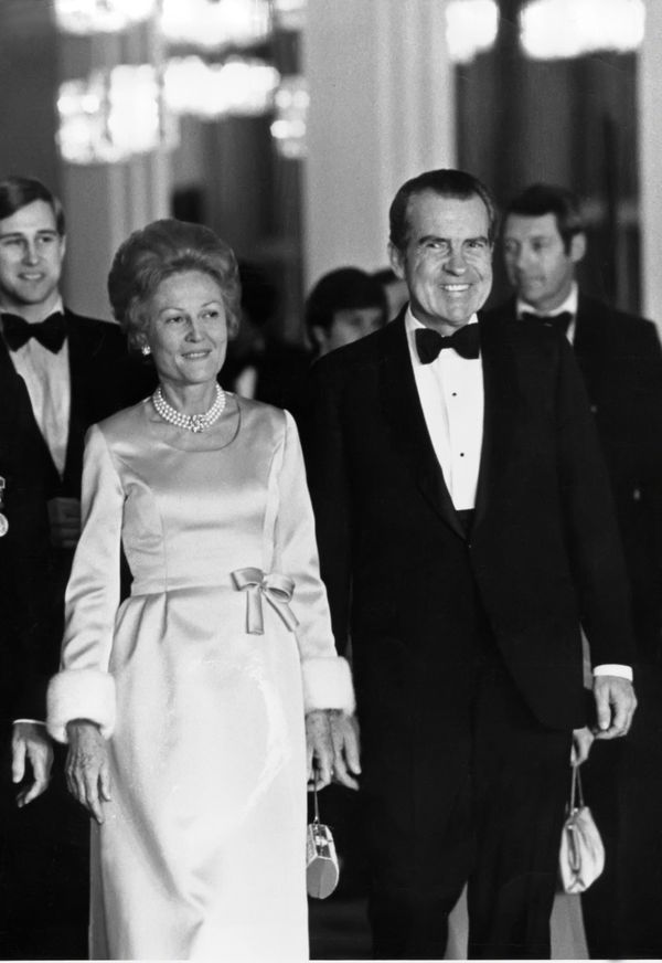 """Nixon was another first lady who mixed high and low fashions. For instance, she loved <a href=""""https://www.livinginfiftiesfas"""