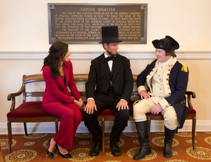 "These Lincoln and Washington impersonators are looking pretty good compared to some of the doofuses on ""The Bachelorette."""