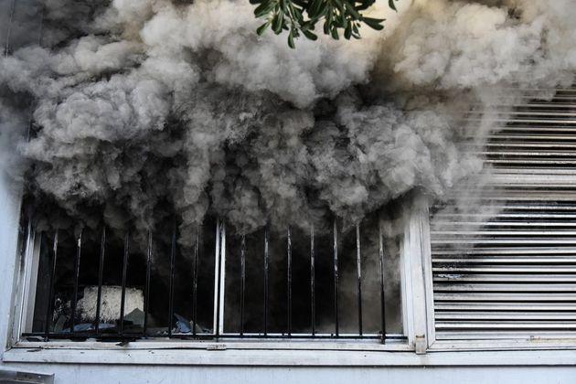Πυρκαγιά σε διαμέρισμα στο Μαρούσι. Σώοι οι