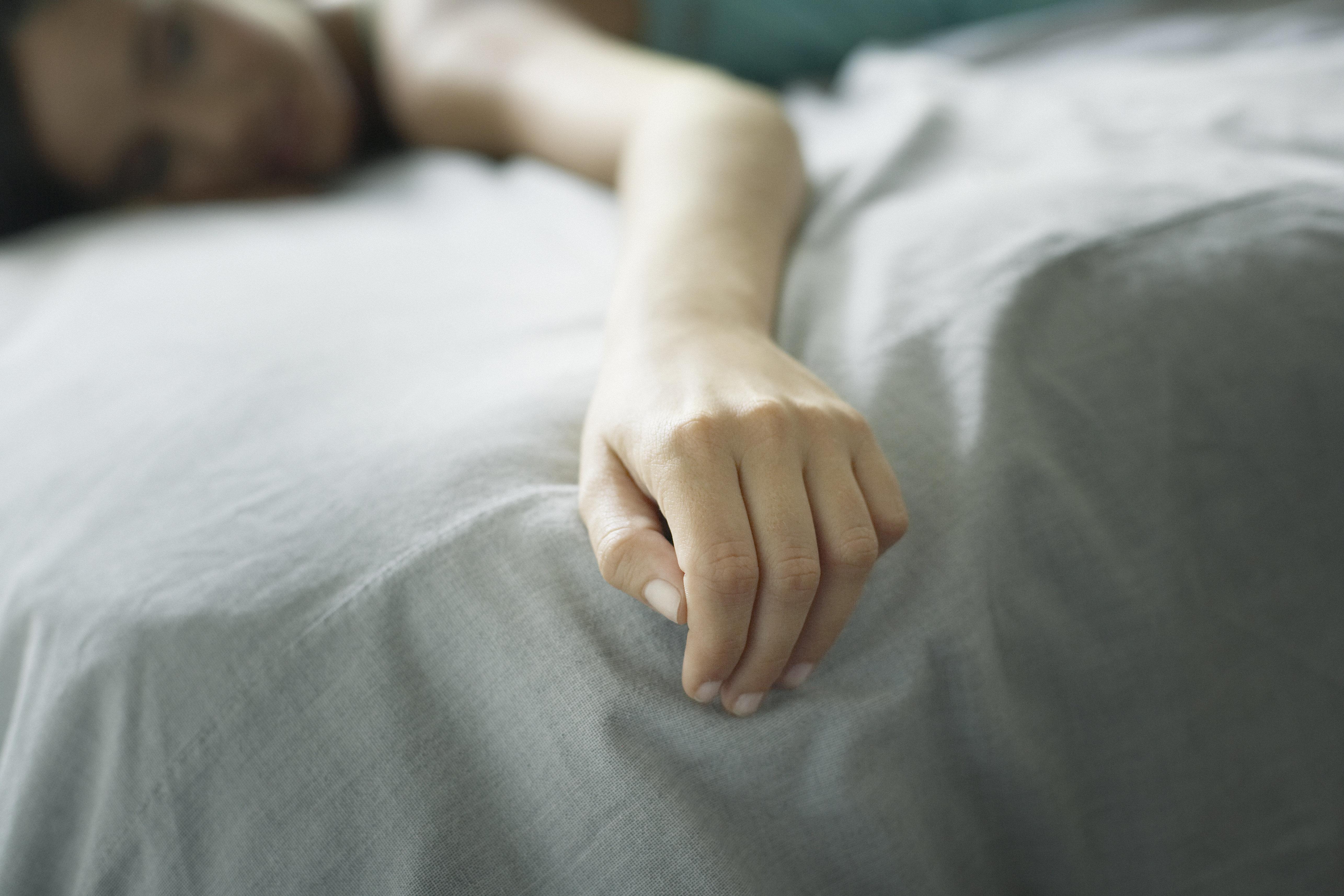 16-Jährige stirbt auf Klassenfahrt im Schlaf –das hat auch mit ihrem Tampon zu