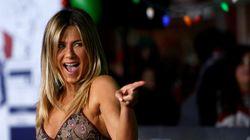 H Jennifer Aniston έχει προχωρήσει παρακάτω. Όχι ένας, αλλά δυο νέοι σύντροφοι στο πλευρό της