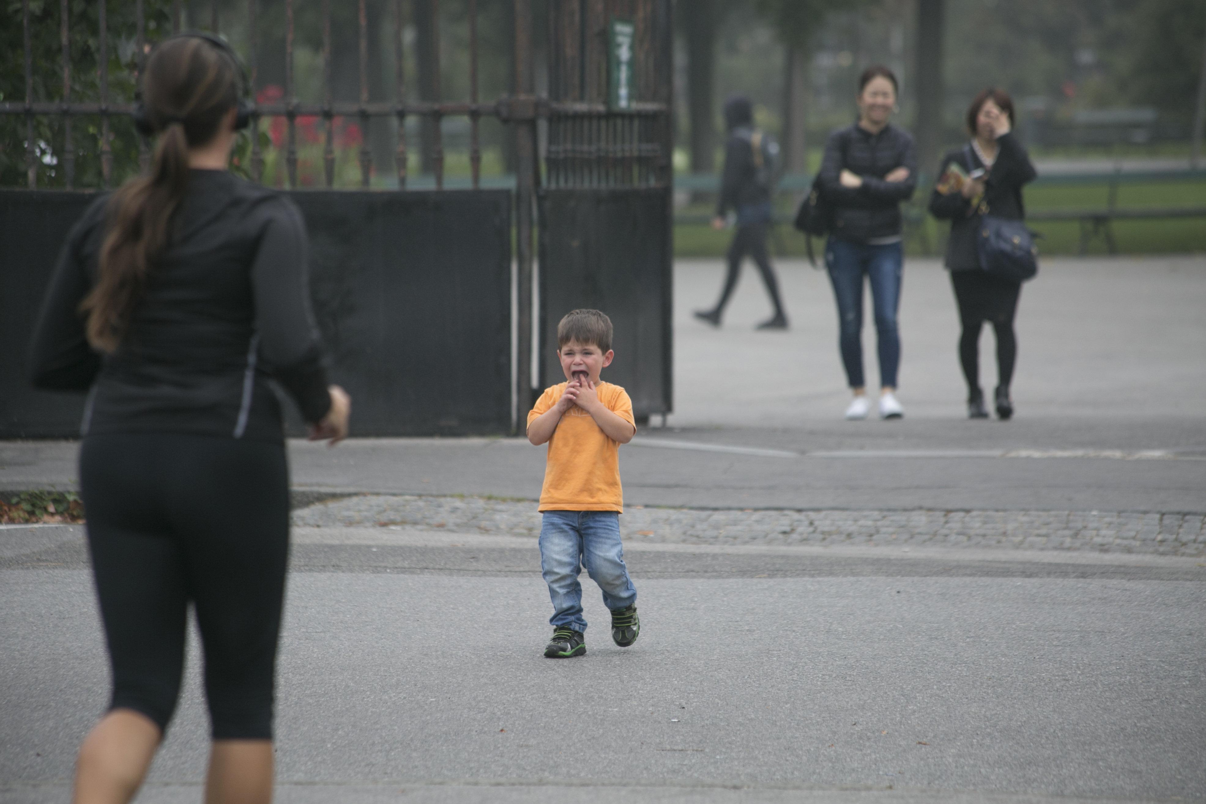 """""""Dann gehe ich ohne dich!"""": Was ein Kind fühlt, das von den Eltern stehengelassen wird"""