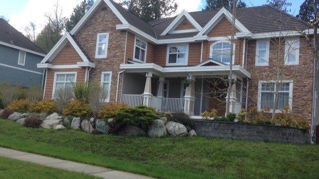2005년 9월에 처음으로 외벽을 붙이는 일을 했던 주택. 일당 100달러, 점심으로 라면을 받는 조건으로 일했다.