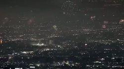 Cette vidéo spectaculaire montre que Los Angeles ne rigole pas avec les feux d'artifice du 4