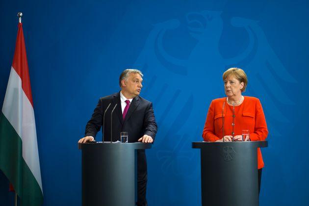 Viktor Orban und Angela Merkel bei der Pressekonferenz in