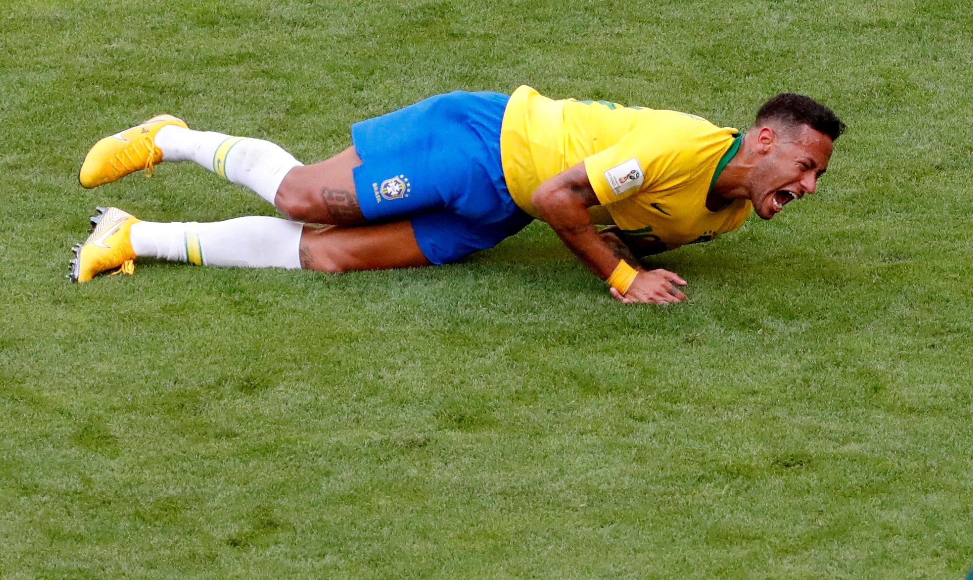 Coupe du monde: Depuis le début du Mondial, Neymar a passé près de 14 minutes à se rouler sur la