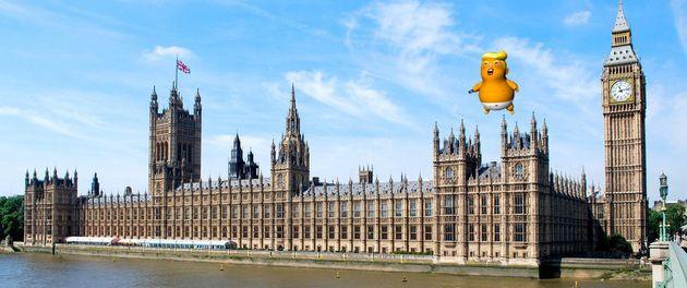 트럼프의 영국방문을 환영하기 위해 거대한 풍선이
