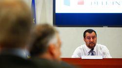 Να αρθεί το εμπάργκο όπλων του ΟΗΕ στη Λιβύη ζητά ο Ματέο Σαλβίνι ώστε σε δεύτερο χρόνο να σταματήσουν κι οι ροές