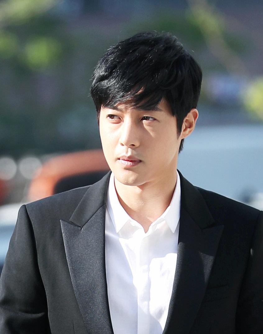 '폭행, 음주운전 논란' 김현중이 드라마로