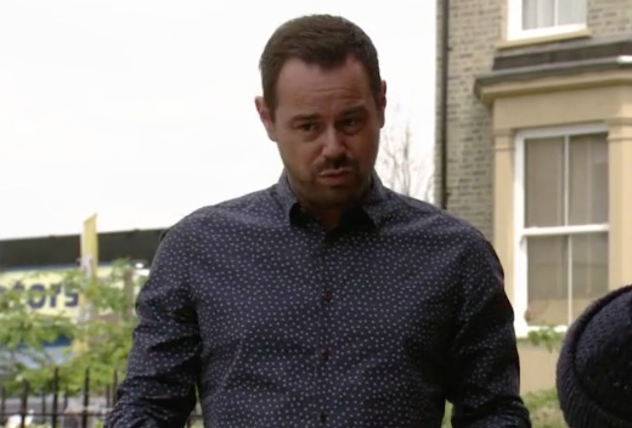 'EastEnders' Fans Are Loving It As Danny Dyer's Character Declares 'It's Coming