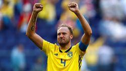 Jouer un quart de finale du Mondial ou assister à l'accouchement de sa femme, ce joueur suédois a