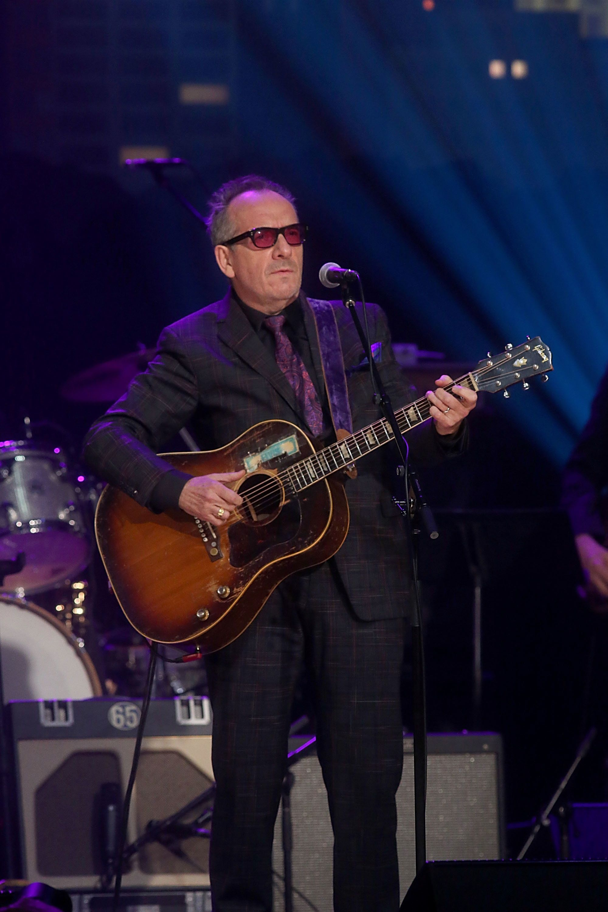 AUSTIN, TEXAS - OCTOBER 25:  Elvis Costello performs in concert during the Austin City Limits 2017 Hall of Fame Inductions at ACL Live on October 25, 2017 in Austin, Texas.  (Photo by Gary Miller/Getty Images)