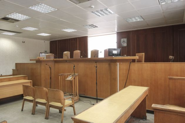 Προφυλακιστέα η 46χρονη δήθεν δικηγόρος που εξαπατούσε υπερχρεωμένους πολίτες. Πως