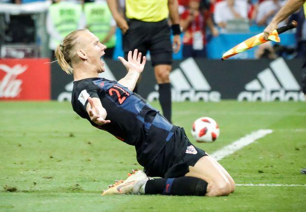 크로아티아의 도마고이 비다가 8일 새벽 러시아 월드컵 러시아와의 8강전에서 승부차기를 성공시키고 기뻐하고