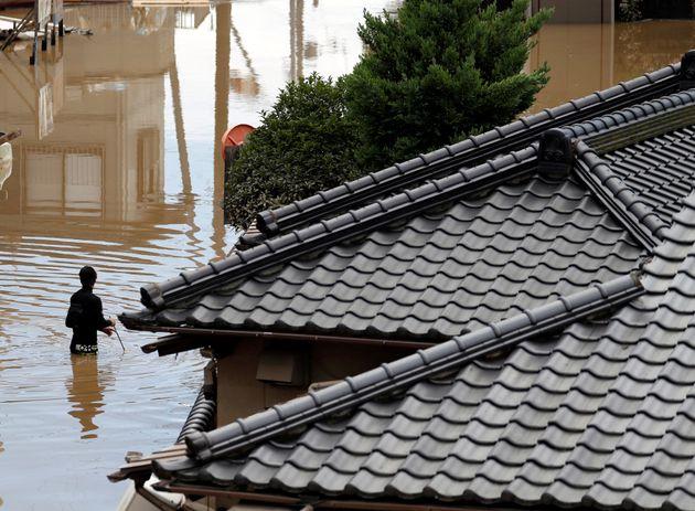 Τους 69 έφθασαν οι νεκροί από τις καταρρακτώδεις βροχές στην