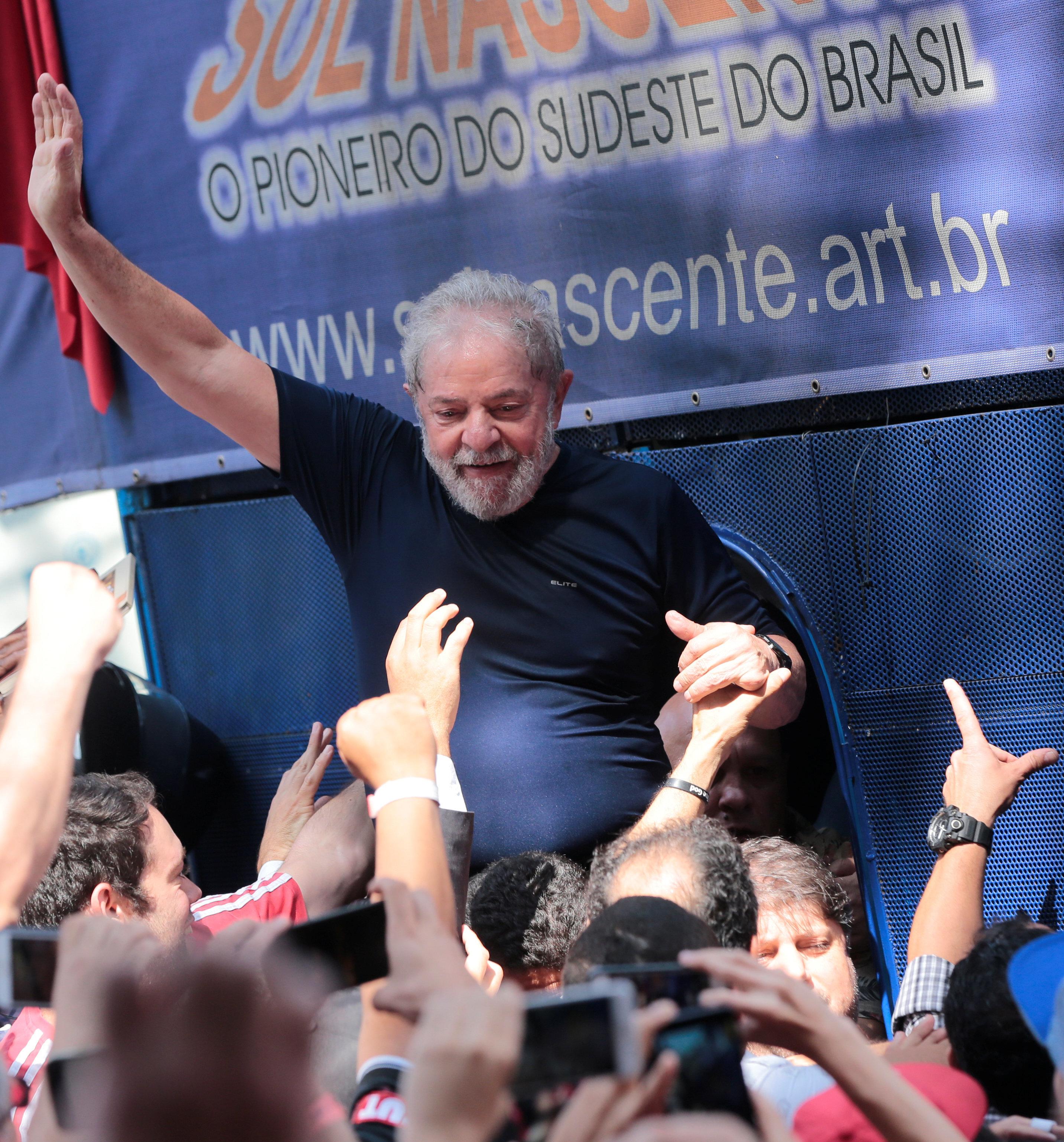 Brésil : une cour d'appel ordonne la libération de l'ex-président