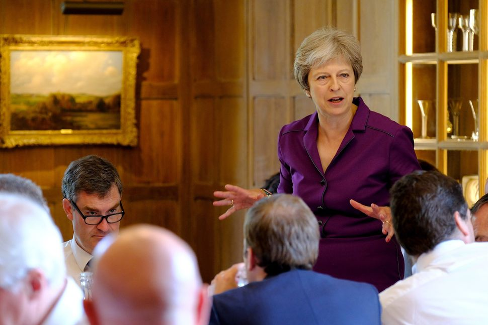 Theresa May addresses the Cabinet for the decisive Brexit