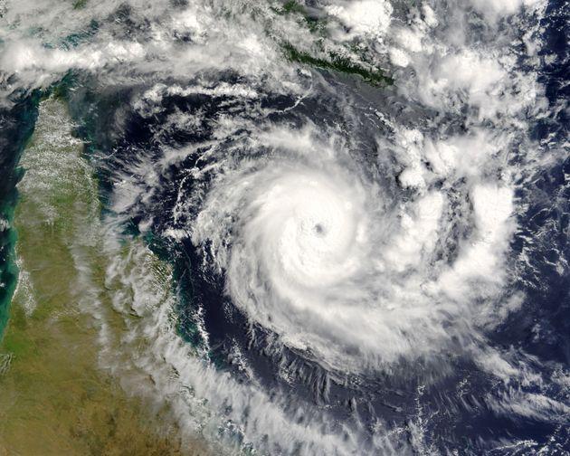 Οι επιστήμονες με αφορμή τα ακραία καιρικά φαινόμενα που εκδηλώνονται προβλέπουν πώς θα είναι οι καταιγίδες...