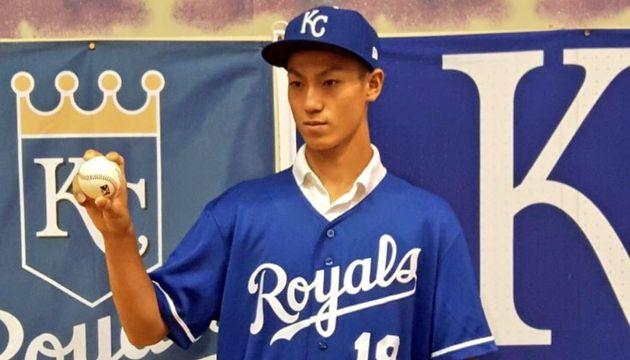 일본 16세 소년이 미국 메이저리그에