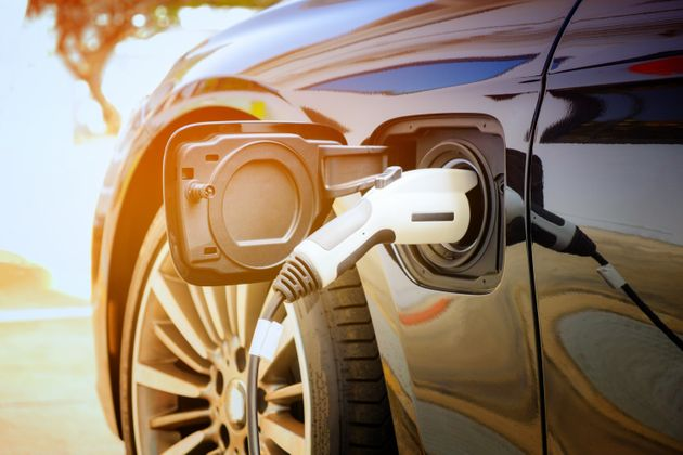 Thousands Of New Electric Car Charging Points To Be Installed Around The